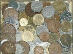 kleines Lot Umlaufmünzen, dabei auch ältere Stücke