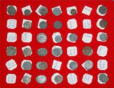 Notmünzen in Münzbox. Über 50 Stück. Dabei z.B..Tilsit, Torgau, Trier, Tübingen, Trossingen,