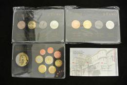 Lot Europa Münzen, bestehend aus 1x Prestige 2 Euro Edelmetallsatz Deutschland, 1x Prestige 2 Euro