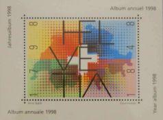 Briefmarken Jahrbuch der Schweiz (PTT) mit allen Ausgaben. postfrisch
