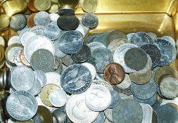 schöne alte Münzfundgrube in alter Blechdose. Bitte besichtigen!