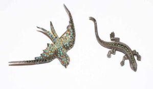 2 Silber Tierbroschen 'Schwalbe', B 6 cm, und 'Echse', B 5 cm, teils fehlen Steine