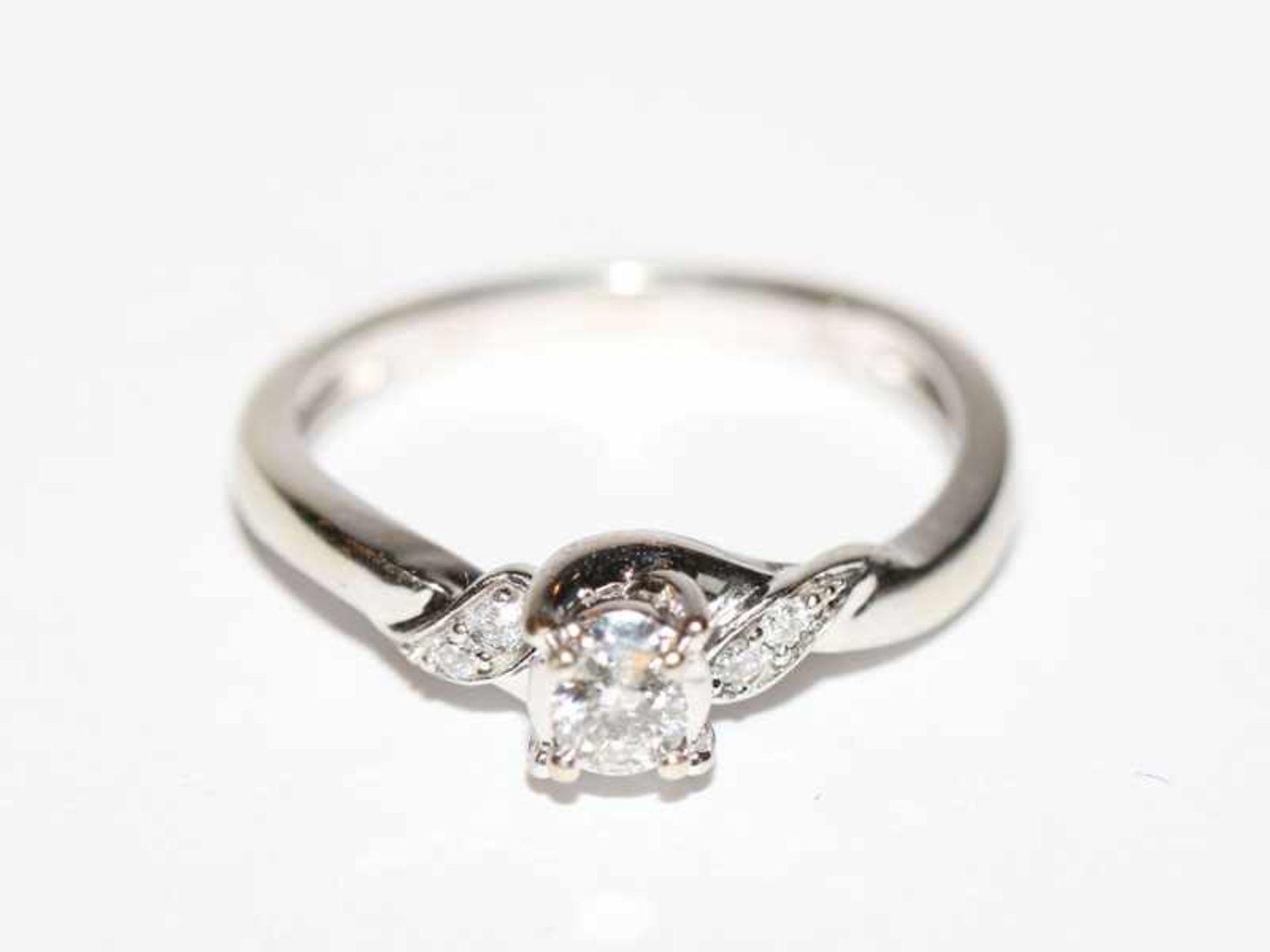 Los 50 - 10 k Weißgold Ring (USA), mit 5 Diamanten, Gr. 54