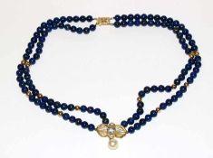 Lapislazuli Collier, 2-reihig mit 14 k Gelbgold Mittelteil mit Perle und Diamanten, Zwischenkugeln