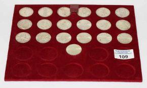 Satz Österreich 25 Schilling Silbermünzen, 19 Stück, zus. 197,6 gr. Feinsilber, in Etui