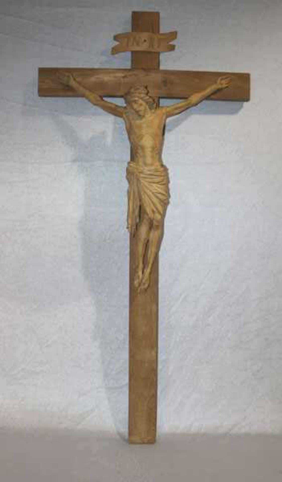 Los 675 - Holz Kreuz mit Korpus Christi, wohl Oberammergau, H 107 cm, B 52 cm