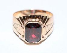 8 k Roségold Ring mit Granat, Gr. 62, 6 gr.