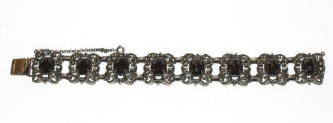 Silber Trachten-Armband mit 8 Granaten, L 19 cm, 48 gr.