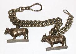 Dicke Uhrenkette, L 40 cm, mit 2 Anhänger 'Kühe', 4 cm x 6,5 cm, alles versilbert