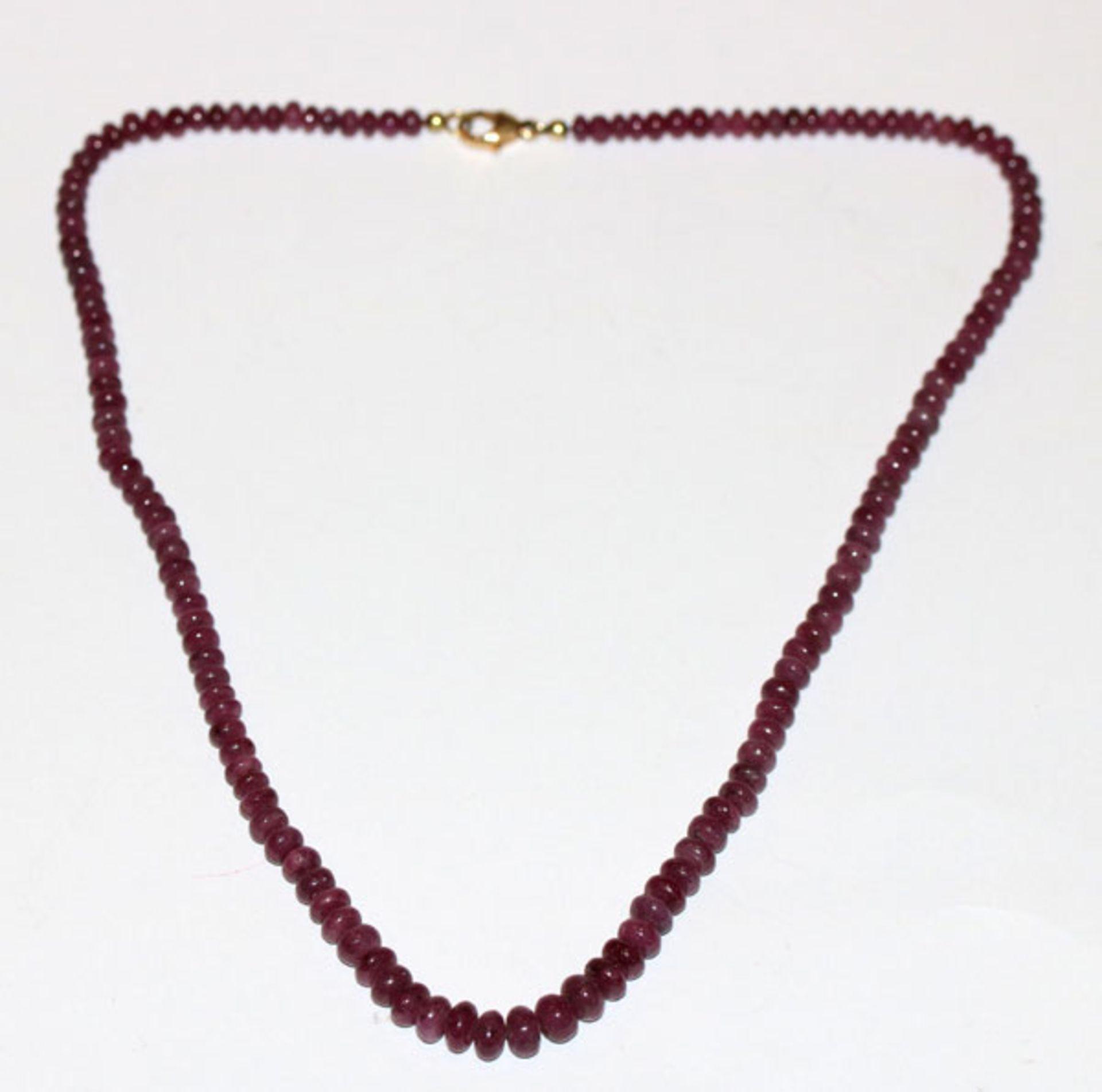 Rubin Kugelkette mit 14 k Gelbgold Schließe, L 42 cm