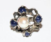 Silber Designer Ring mit Perle und 4 Lapislazulikugeln, Gr. 56