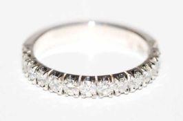 18 k Weißgold Ring mit 14 Diamanten, zus. ca. 1 ct., Gr. 59, klassische Handarbeit