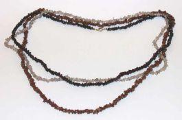 3 Steinketten, Bergkristall, Goldfluß und Granat, L 74/88 cm