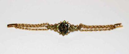 14 k Gelbgold Ketten-Armband, 3-reihig mit Farbsteinen, L 15 cm, 16,5 gr.