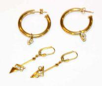 Paar 8 k Gelbgold Creolen, D 2.5 cm, und Paar Ohrhänger, L 4 cm. zusm. 5,3 gr.