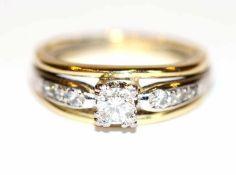 14 k Gelbgold Ring mit 7 in Weißgold gefaßten Diamanten, Gr. 52