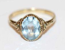 8 k Gelbgold Ring mit hellblauem Glasstein, ältere Handarbeit, Gr. 58