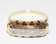14 k Gelbgold Ring mit 4 in Weißgold gefaßten Diamanten, Gr. 50, 2,4 gr., ältere Handarbeit