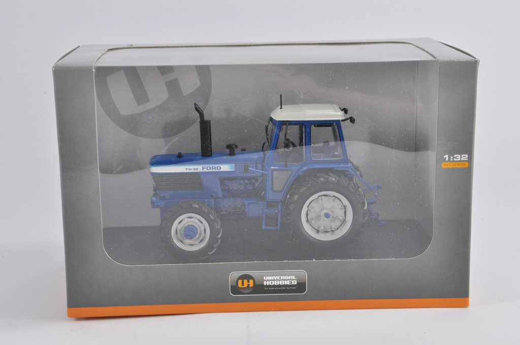 Lot 10 - Universal Hobbies 1/32 Ford TW30 Tractor. M in E Box.