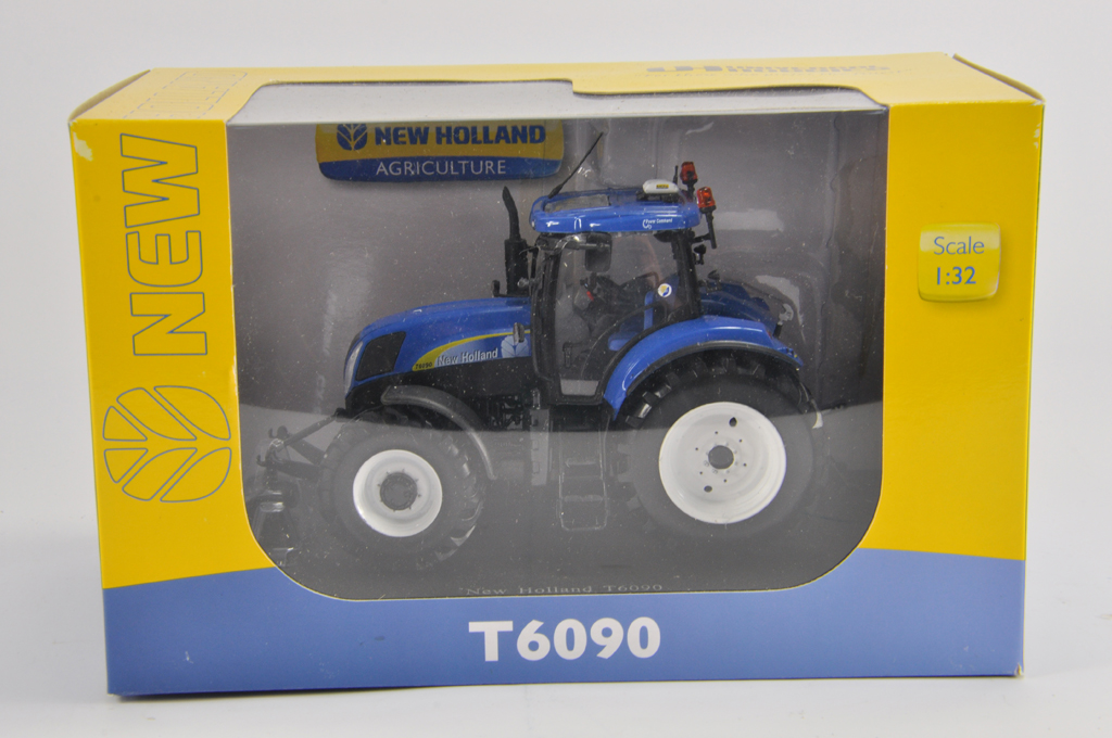 Lot 7 - Universal Hobbies 1/32 New Holland T6090 Tractor. M in E Box.