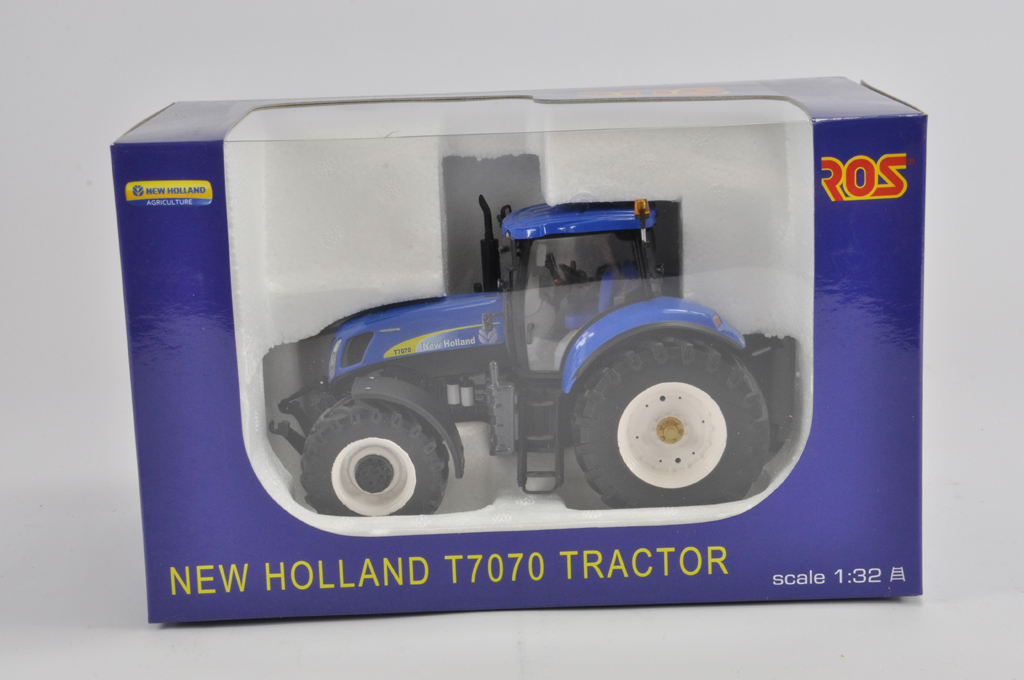 Lot 6 - ROS 1/32 New Holland T7070 Tractor. M in E Box.