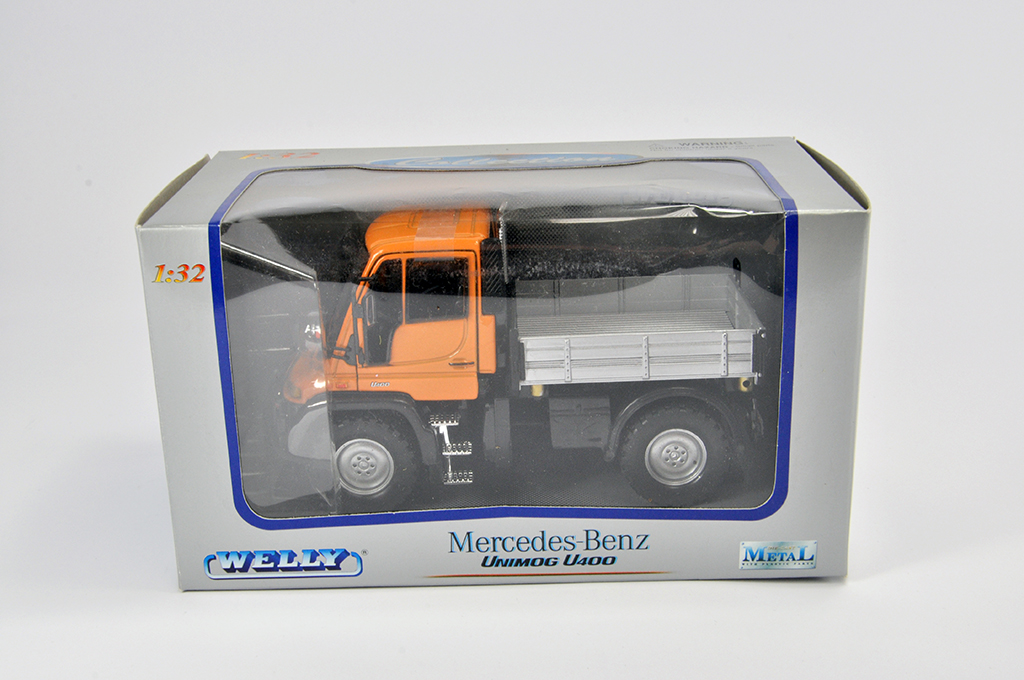 Lot 5 - Welly 1/32 Mercedes Unimog U400. M in E Box.