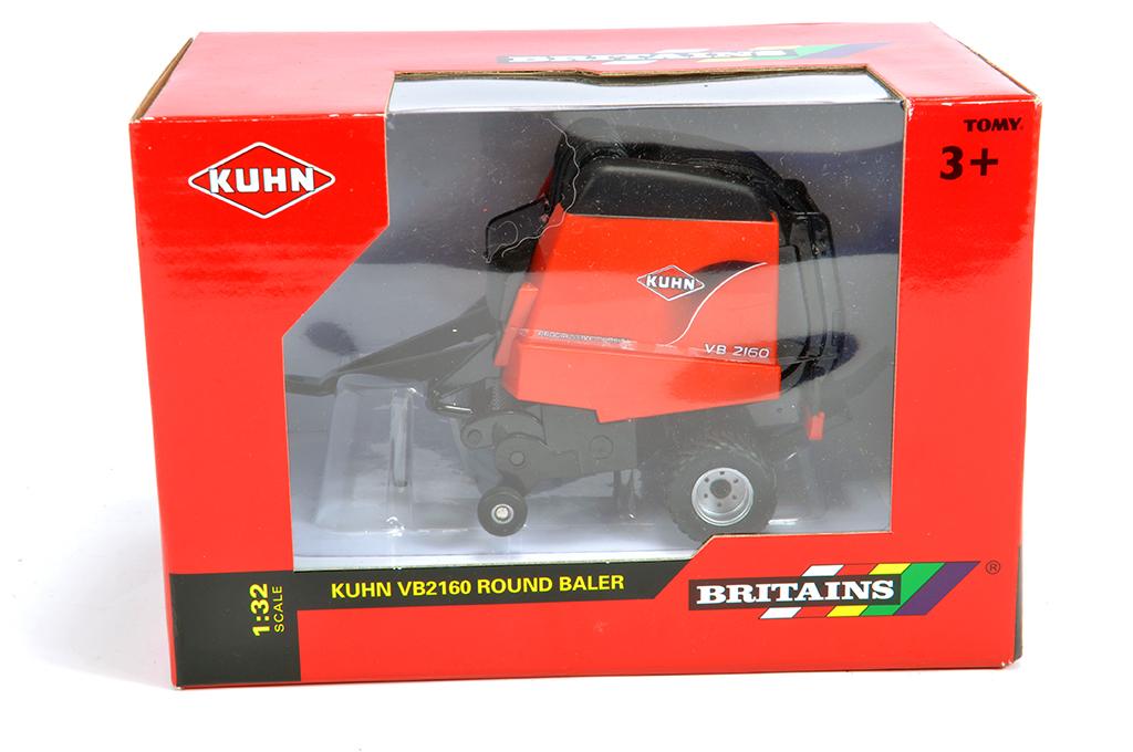 Lot 4 - Britains 1/32 Kuhn VB2160 round Baler. M in Box.