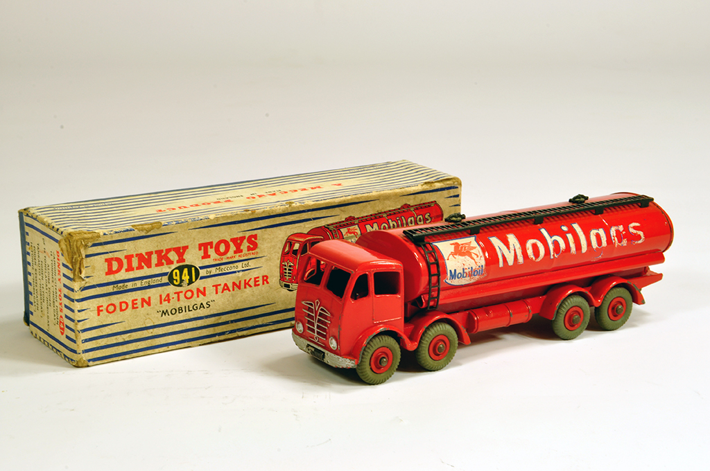 Lot 42 - Dinky No. 941 Foden (2nd type) 14-Ton Mobil Gas Tanker. VG but some decal rubbing in F Box.