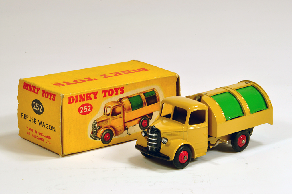 Lot 14 - Dinky No. 252 Bedford Refuse Wagon. Tan. Lovely NM example In VG Box.