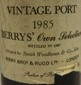 WITHDRAWN One bottle Berry's Own Selection Vintage Port 1985, 75 cl,