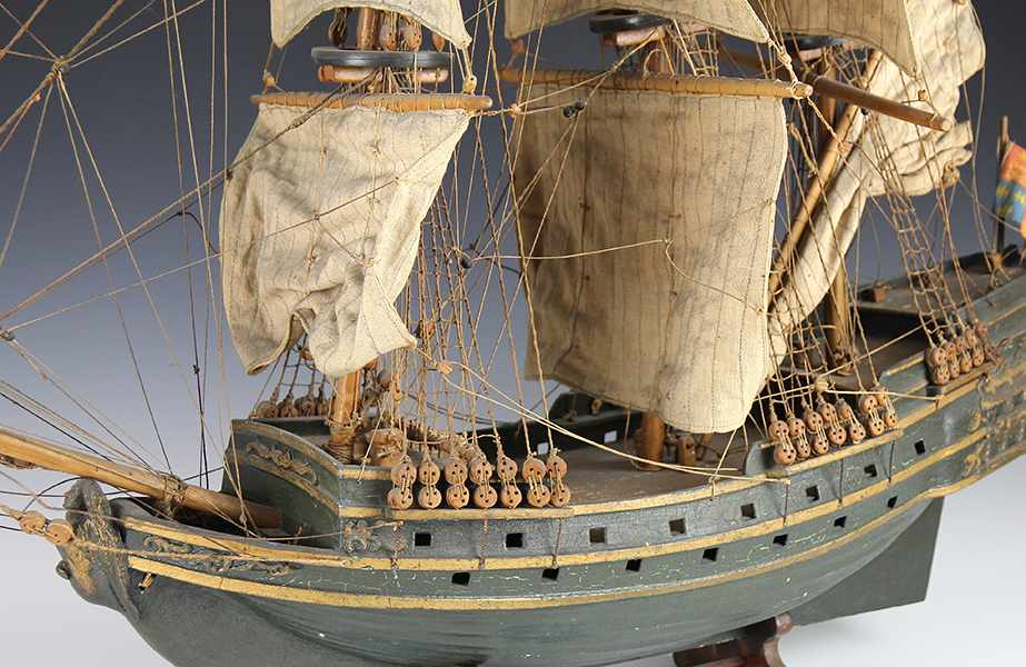 Lot 46 - Nautik - - Schiffsmodell. Mitte 19. Jhdt., maßstabsgetreues Modell eines englischen Dreimasters