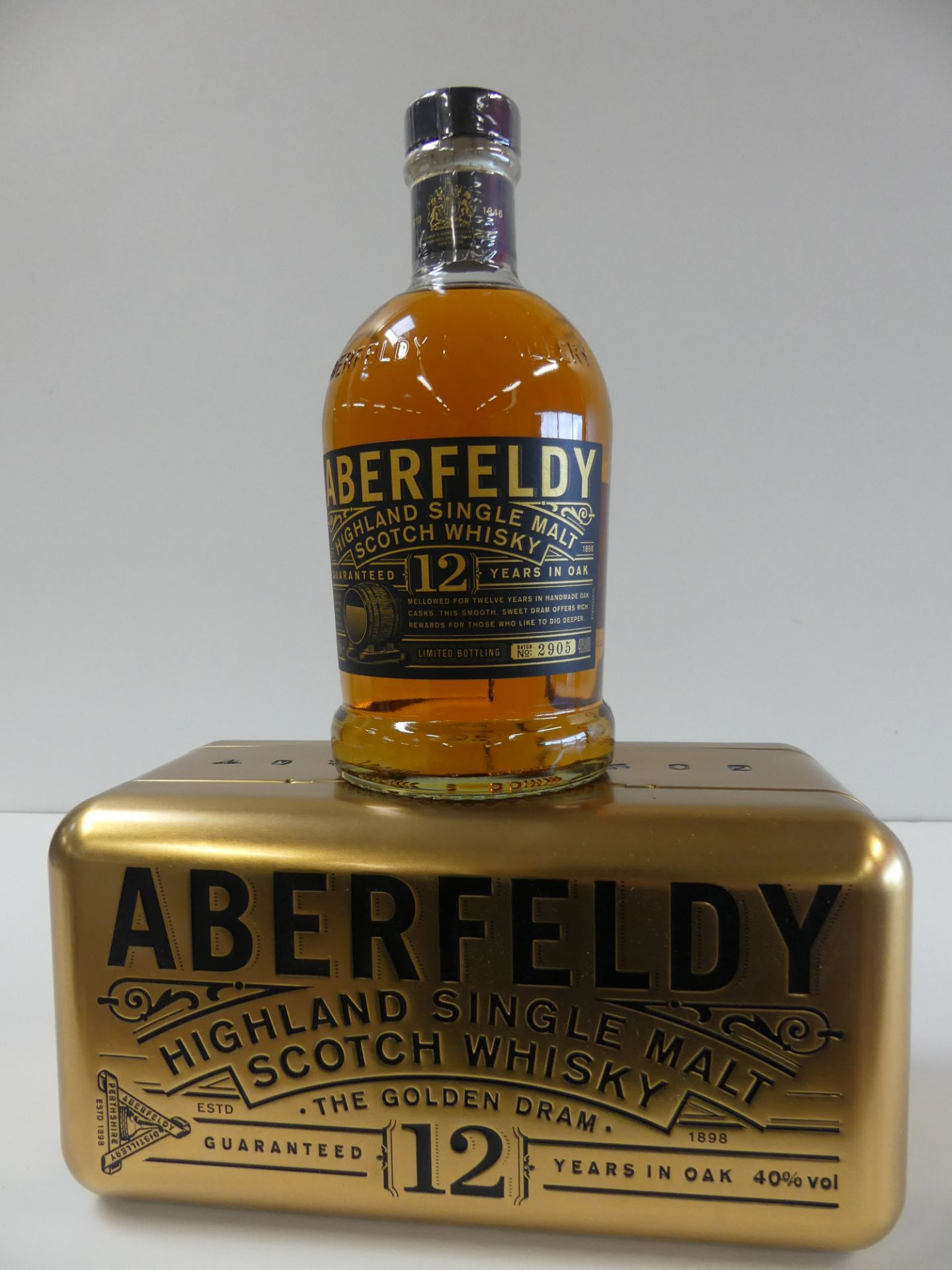 Los 38 - 1 Superbe Coffret Highland Single Malt Scotch Whisky Aberfeldy Guaranted 12 years in [...]