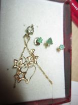 Lot 28 - 18 ct gold emerald and gold earring and necklace set & one other 18 ct gold pendant & earring set