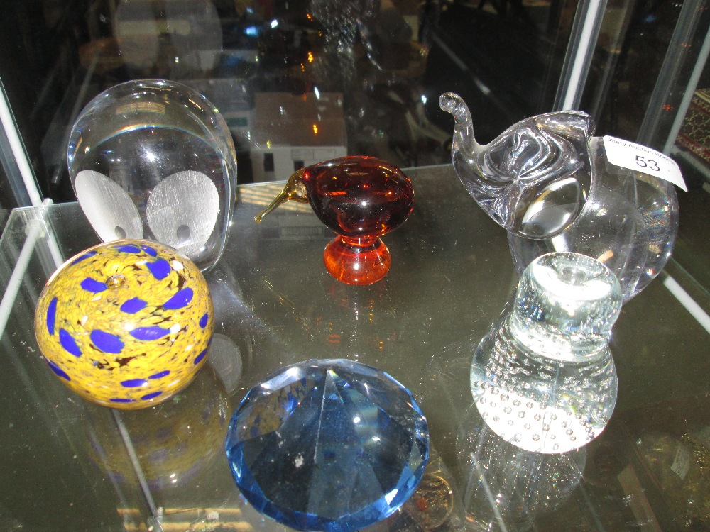 Lot 53 - 6 x paperweights