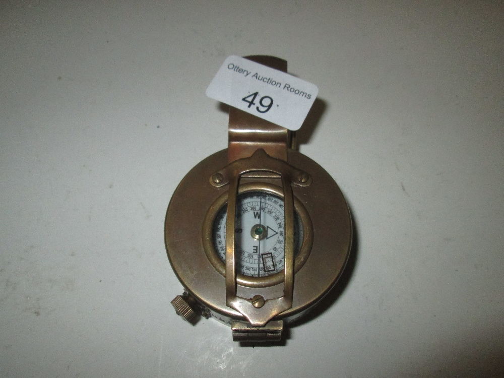 Lot 49 - World War II style marching compass