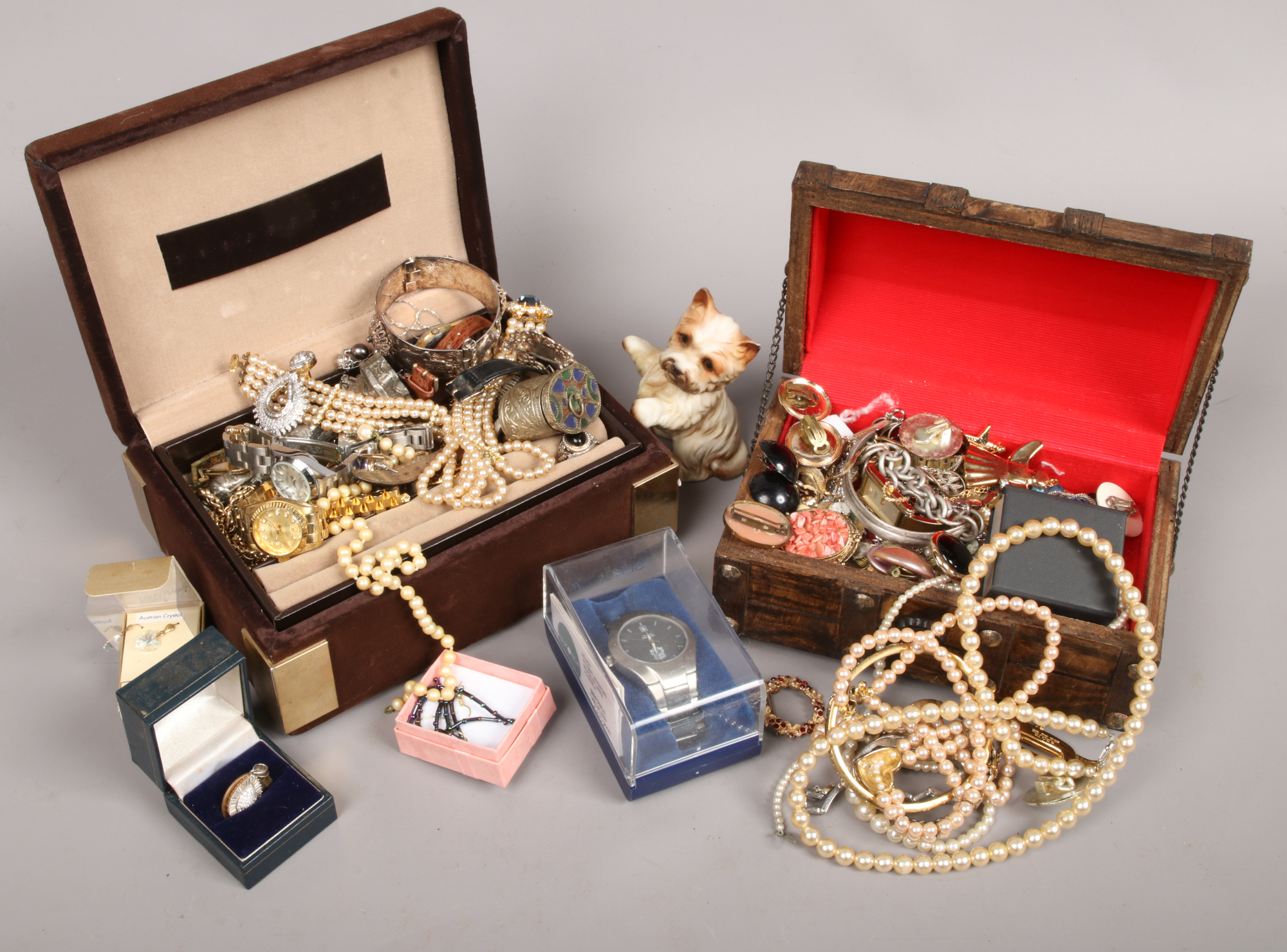 Lot 11 - Two boxes of mixed costume jewellery and wristwatches.