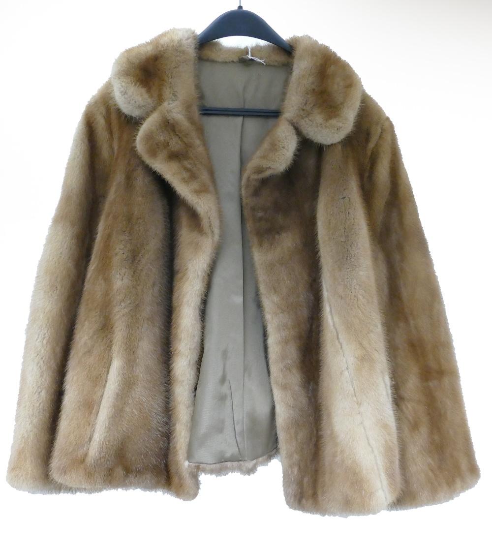 Lot 267 - Ladies vintage blonde mink fur jacket, s