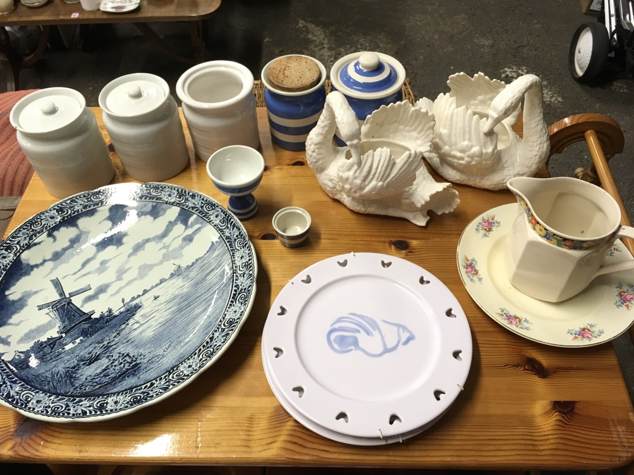 Lot 503 - Miscellaneous ceramics including a delft charger, storage jar &  covers, a