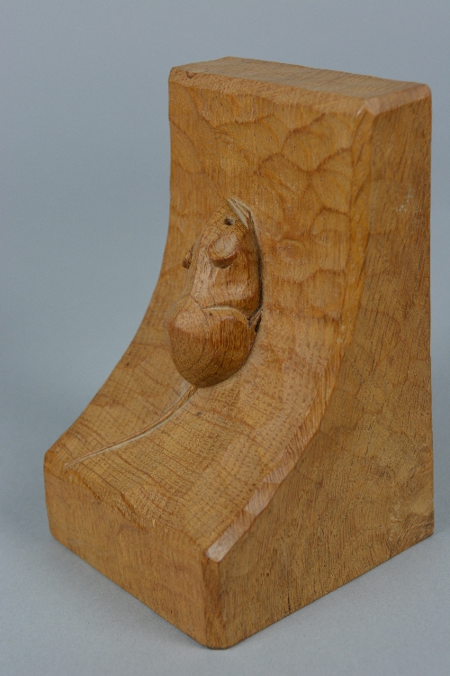 A PAIR OF ROBERT THOMPSON 'MOUSEMAN' OF KILBURN OAK BOOKENDS, each carved with a mouse to the - Image 5 of 5