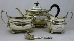 Antique and Later Furniture, Paintings, Silver, Jewellery, Ceramics, Collectables and Decorative Furnishings