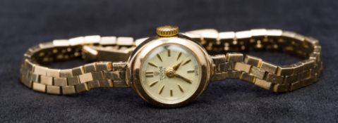 A 9 ct gold Rolex Tudor Royal lady's wristwatch The gilt dial with batons inscribed Tudor Royal
