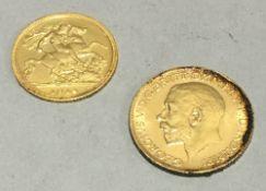 A 1913 gold sovereign and a 1914 gold half sovereign