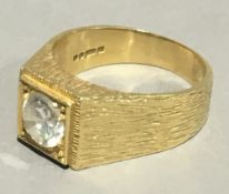 An 18 ct gold gentleman's ring