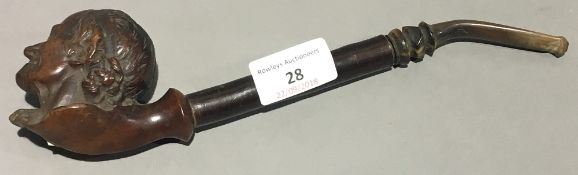 A Victorian meerschaum pipe formed as a gentleman's head