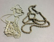 Two silver necklaces (37 grammes)