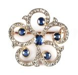 Lot 258 - An early 20th century Belle Epoque sapphire & diamond open scroll work brooch, in 18ct yellow gold