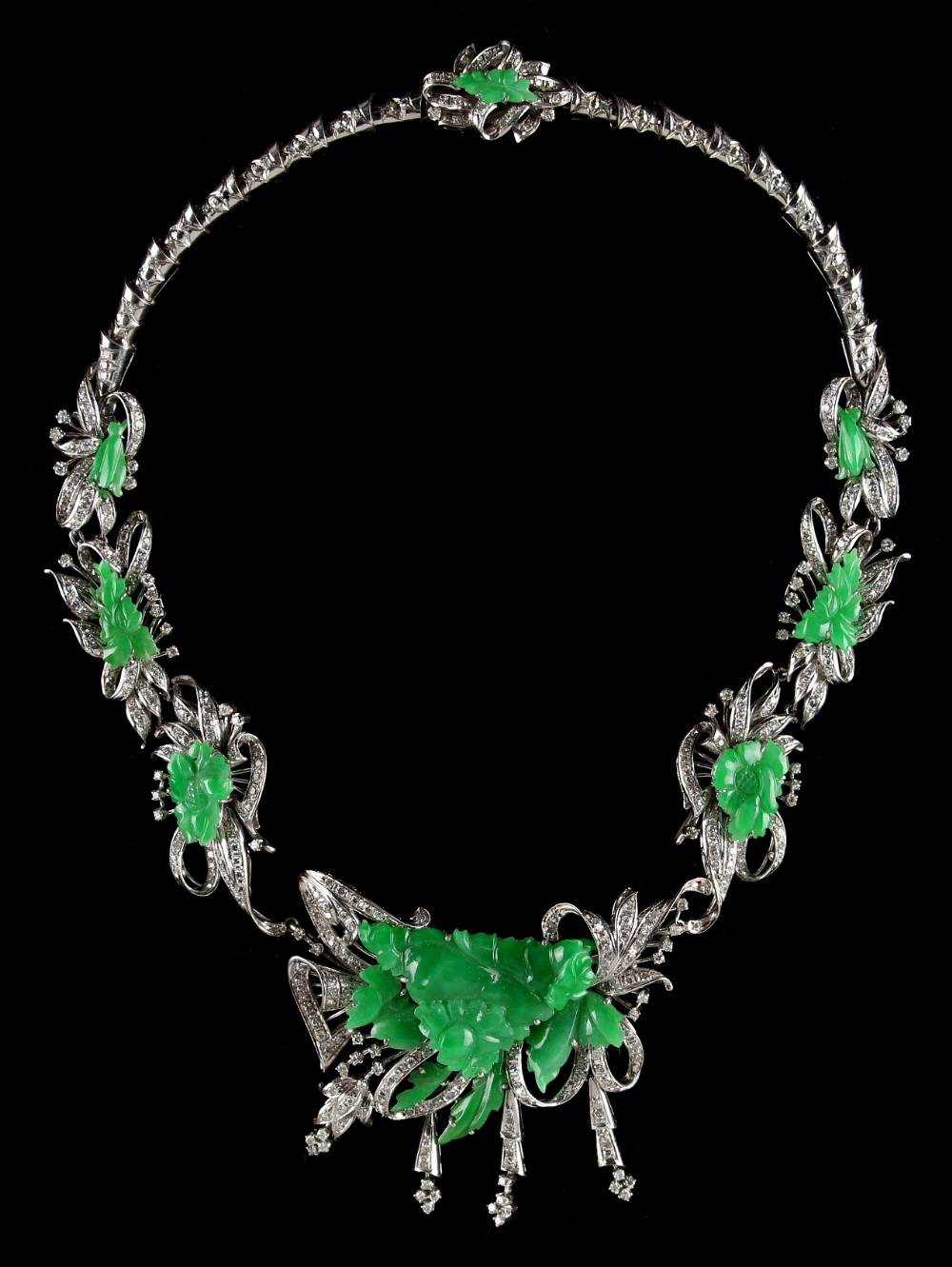 Lot 272 - A good Chinese 14ct white gold carved jadeite & diamond necklace with detachable brooch, with
