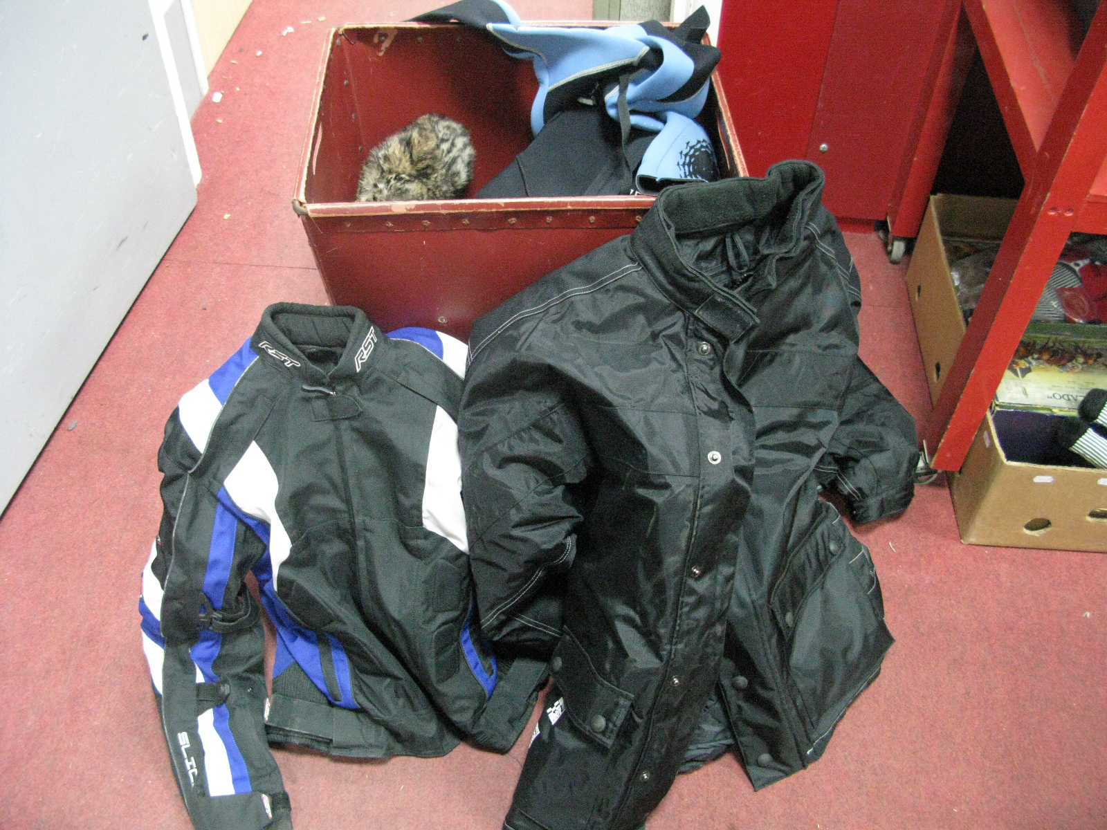 Lot 1030 - Motorcycle Boots - Blytz, Richa, Frank Thomas, gloves, RST and bearing jackets, etc.