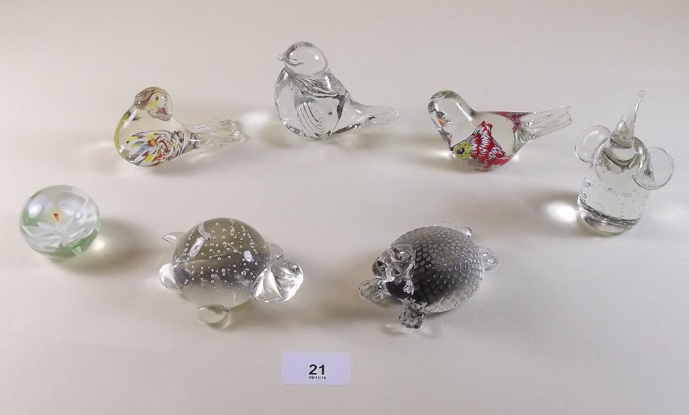 Lot 21 - A collection of bird and other glass paperweights
