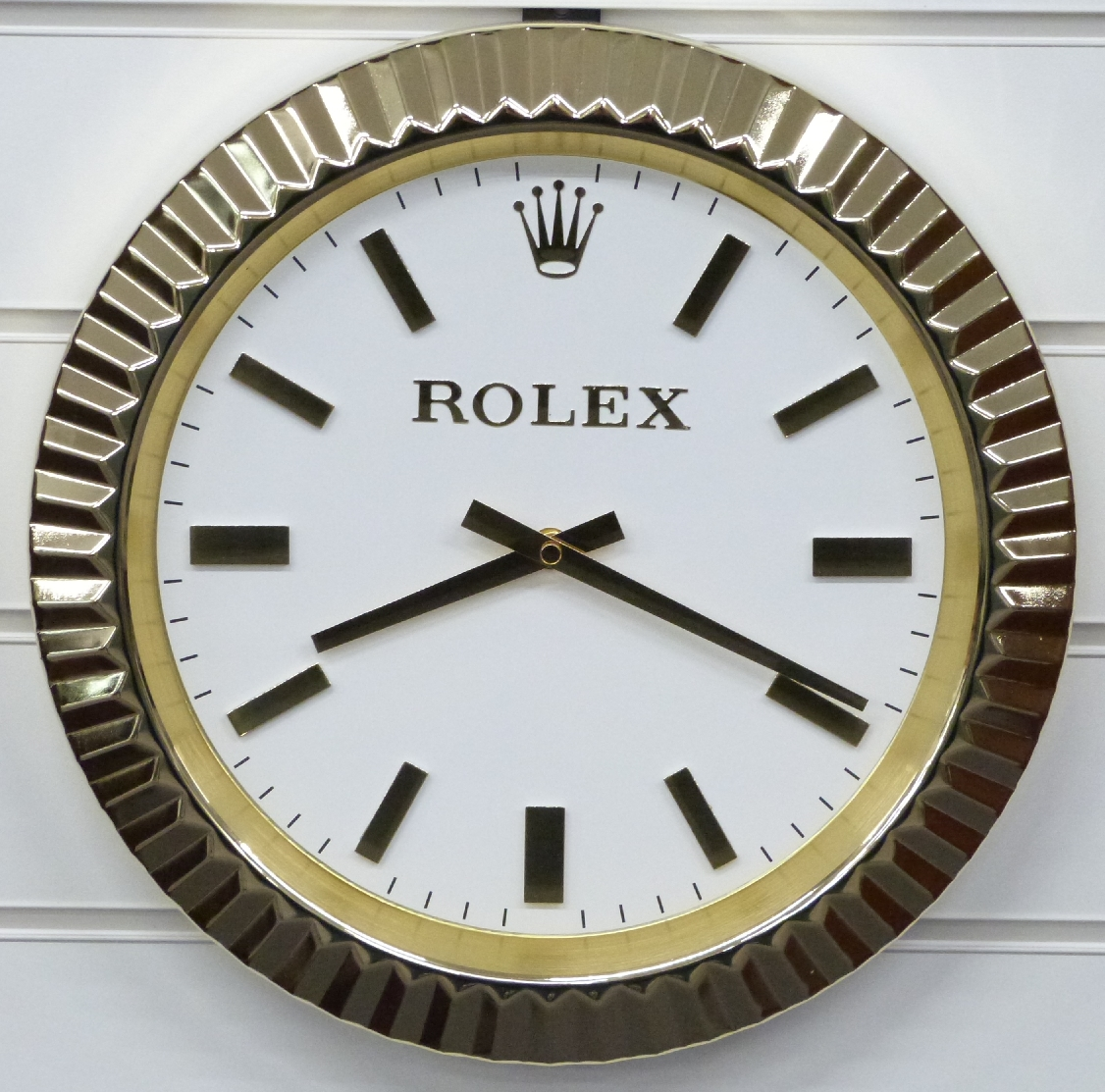 Lot 2072 Rolex Dealers Display Advertising Wall Clock With Gold Hands And Baton Markers